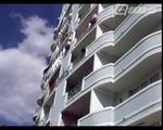 Подъем створки со стеклом на 11 этаж